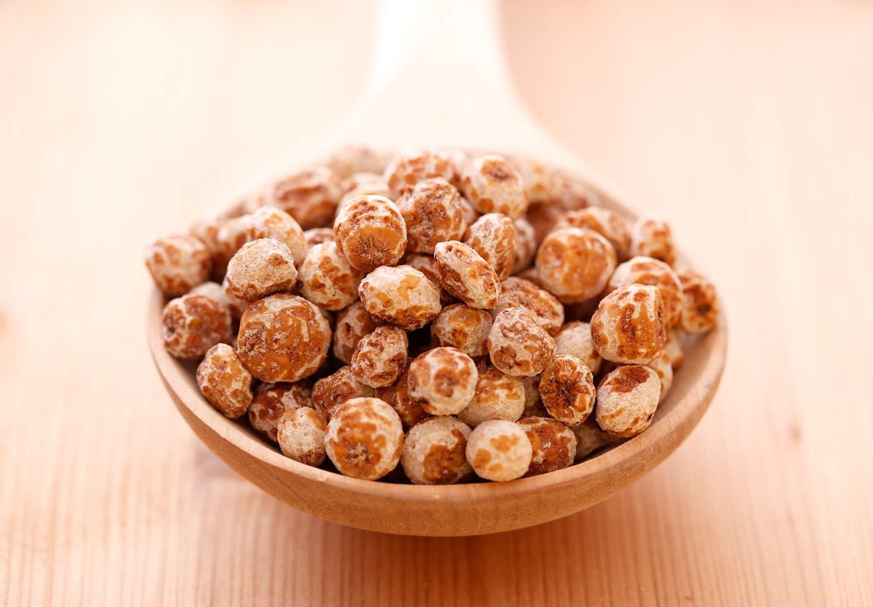 Tigernuts peeled (skinned)