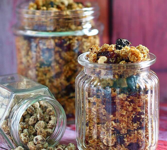 Tigernuts and sweet potato based granola